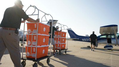 Volunteer pilots from the California Pilots Association Disaster Airlift Response Team (CalDART) and Angel Flights West loaded their planes at Santa Barbara Airport on Sept. 19, 2020, with Direct Relief-donated medications and supplies for wildfire-impacted communities in Oregon. Volunteers with Reach Out WorldWide will receive the supplies and distribution to evacuees and health facilities. (Lara Cooper/Direct Relief)