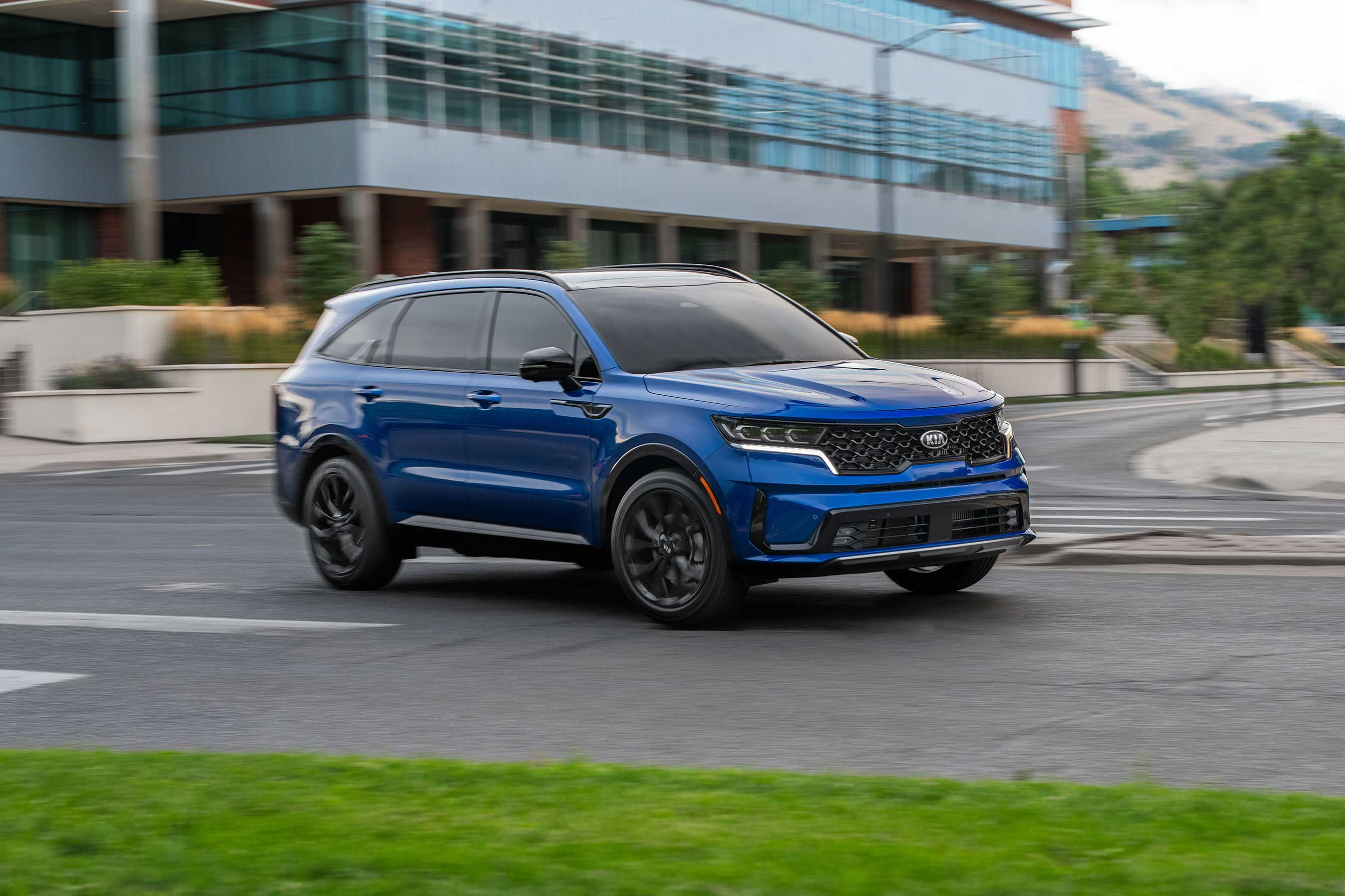 Kia's all-new 2021 Sorento will initially be available with three powertrains, including a segment exclusive turbo hybrid. A PHEV will be introduced next year.