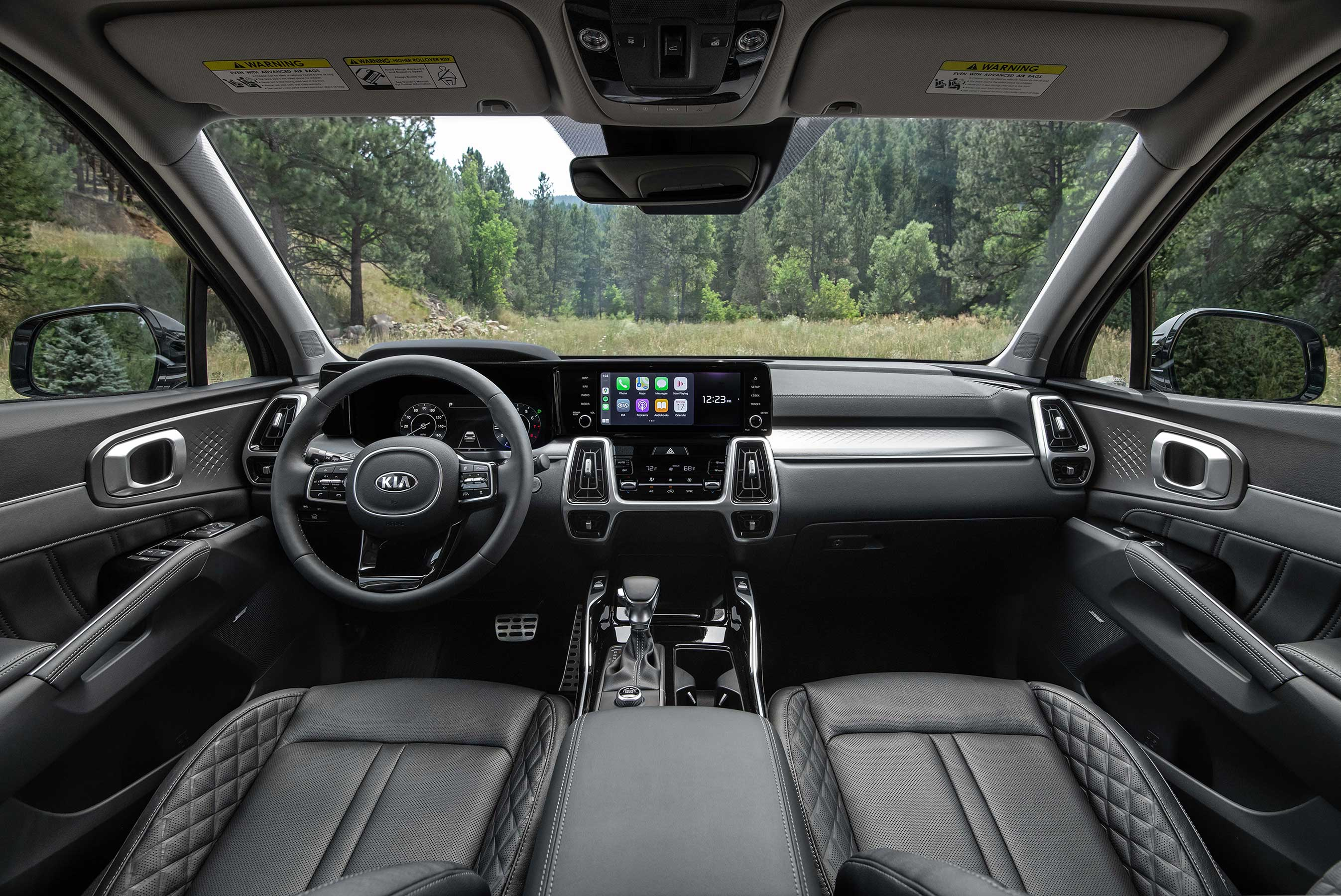 All-new 2021 Kia Sorento delivers best-in-class front/rear legroom and overall interior passenger volume.