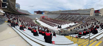 Venue optimization software from SAS helped Wisconsin plan socially distanced commencement ceremonies.